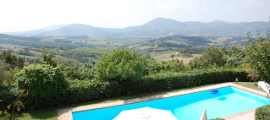 Villa in Umbria casa-rosa-pietra 270x120